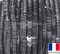 Пайетки 3 мм Франция плоские на нити цвет 7069 light grey - светло серый прозрачный (Серия GLOSSY CRYSTAL) 1000 штук 060418 - 99 бусин
