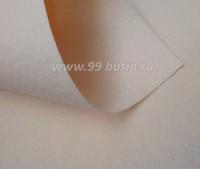Фетр Гамма Премиум светло-бежевый (808) лист 30*20 см,  толщина 1,2 мм, 1 лист 100% полиэстер, Корея 060705 - 99 бусин