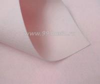 Фетр Гамма Премиум бледно-розовый (827) лист 30*20 см,  толщина 1,2 мм, 1 лист 100% полиэстер, Корея 060707 - 99 бусин