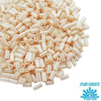 Стеклярус TOHO BUGLE 3 мм № 0123 нежно-персиковый перламутр 5 граммов Япония 060858 - 99 бусин