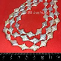 Натуральный жемчуг барочный, форм - мятые звездочки, размер от 12*9 мм до 14,5*11 мм, цвет белый с серым оттенком, с перламутровыми переливами, около 40см/нить 062674 - 99 бусин
