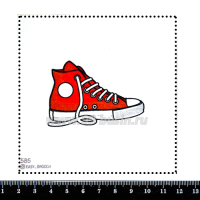 Шаблон для броши Красный кед, фетр Корея Премиум, толщина 1,25 мм, размер 10*10 см 063219 - 99 бусин