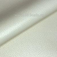 Экокожа, цвет молочный глянцевый, размер 20*14 см, толщина 0,8 мм, фактурность мелкая, 1 лист 063582 - 99 бусин