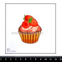Шаблон для броши Капкейк с малиной 857, фетр Корея Премиум, толщина 1,25 мм, размер 10*10 см 063998 - 99 бусин